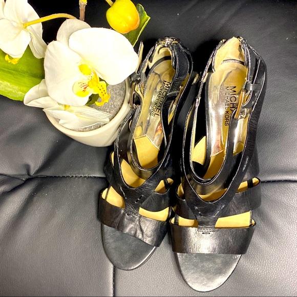 Pre-loved Michael Kors Sandals